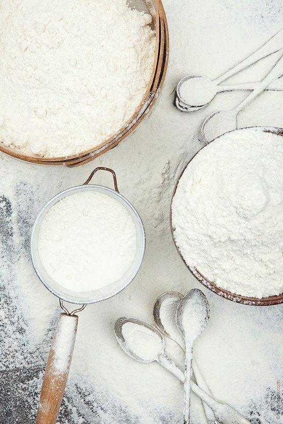 Tips & Tricks. Făina perfectă pentru prăjituri