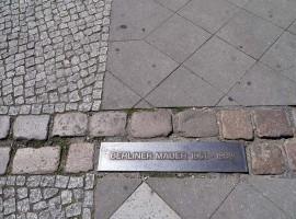 Berlin - the wall line