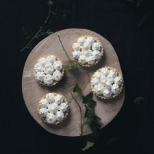 Tarte cu crema de lămâie și bezea