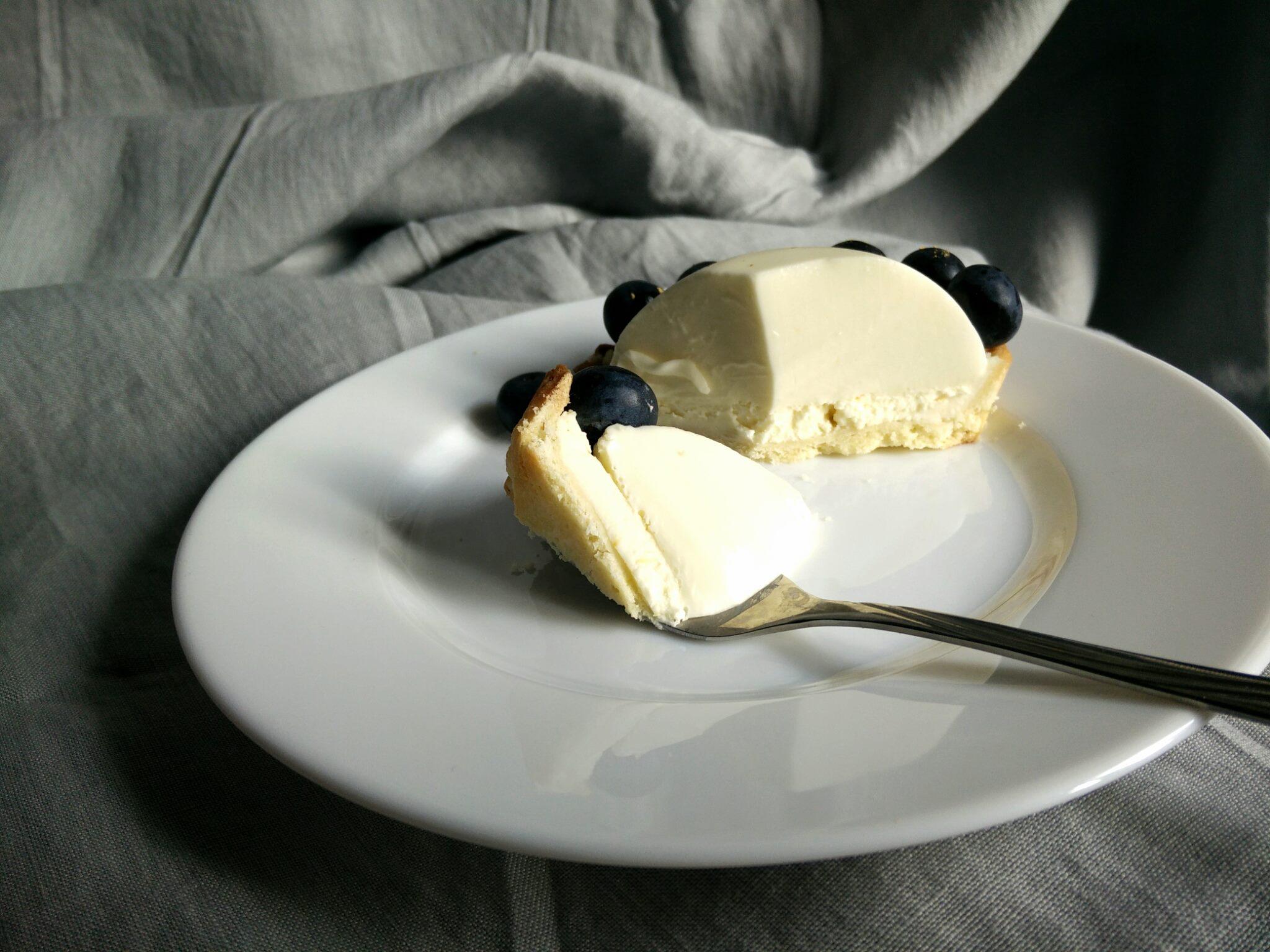 tarta cu panna cotta de cocos si mascarpone cu lamaie