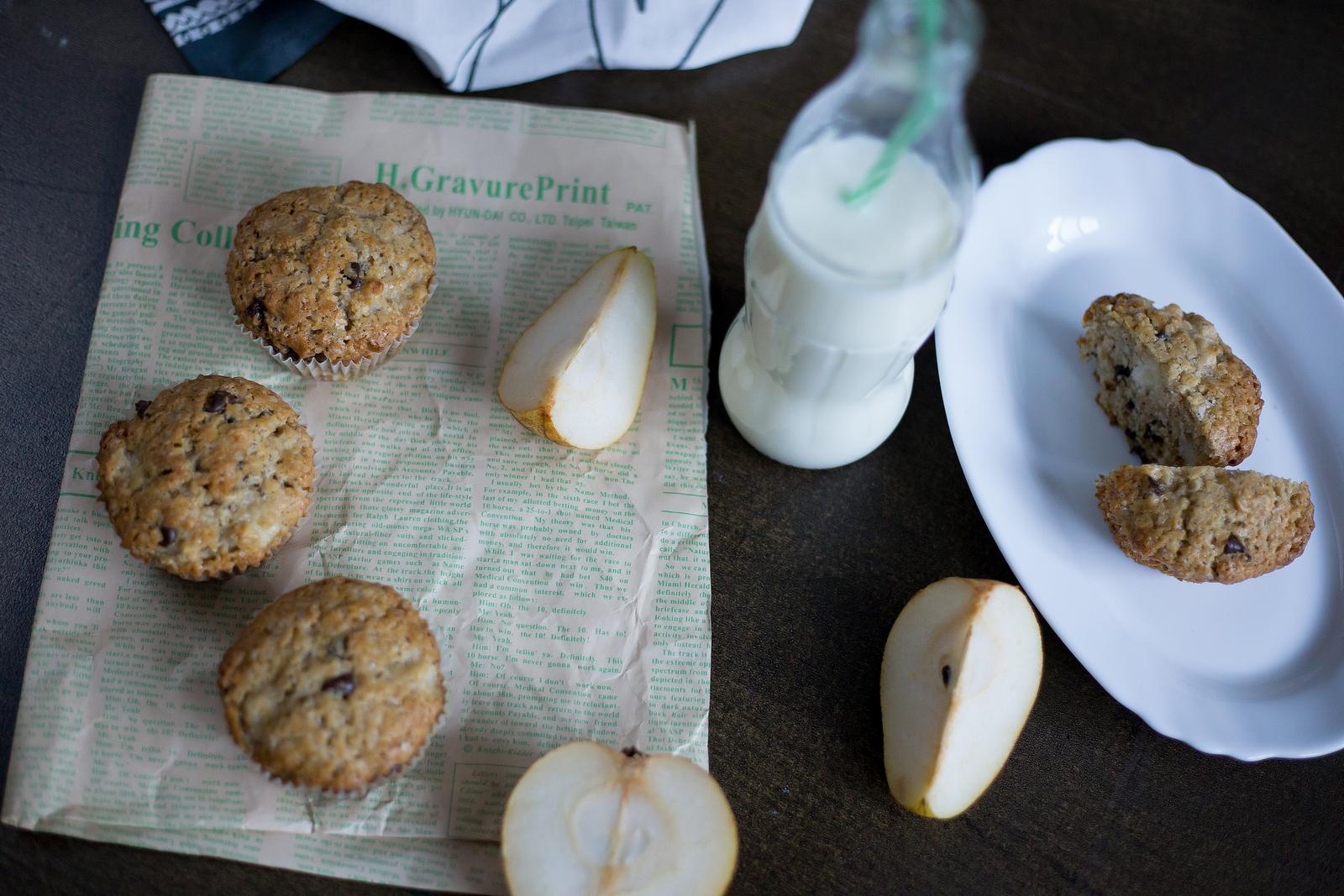 muffins cu pere si ciocolata