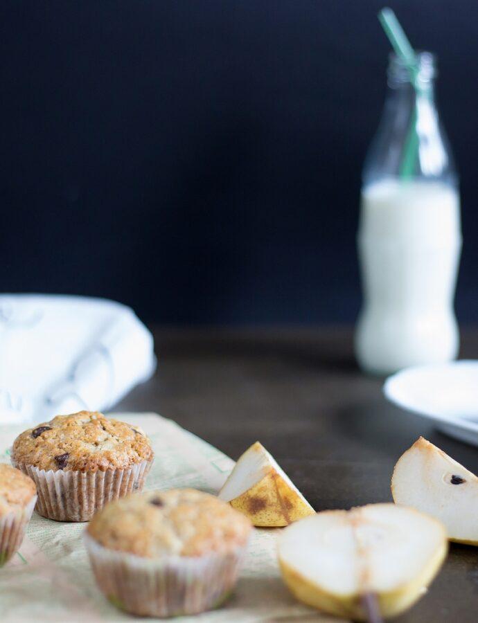 Diminețile mele cu Muffins cu pere și ciocolată