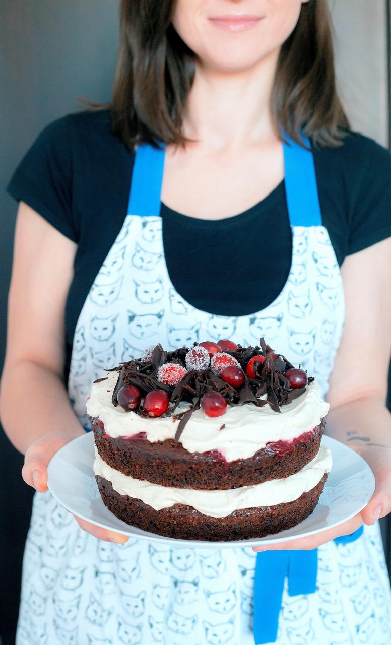 Tort cu ciocolată, mascarpone și merișoare