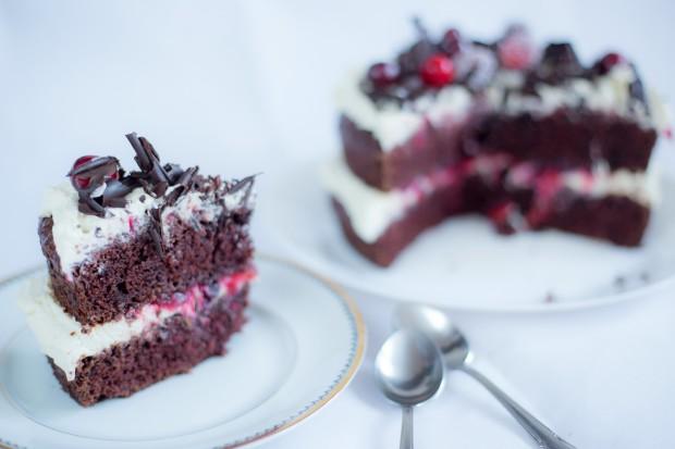 Tort cu ciocolată, mascarpone și ciocolată