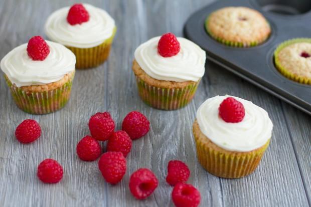 Cupcakes cu lime și zmeură
