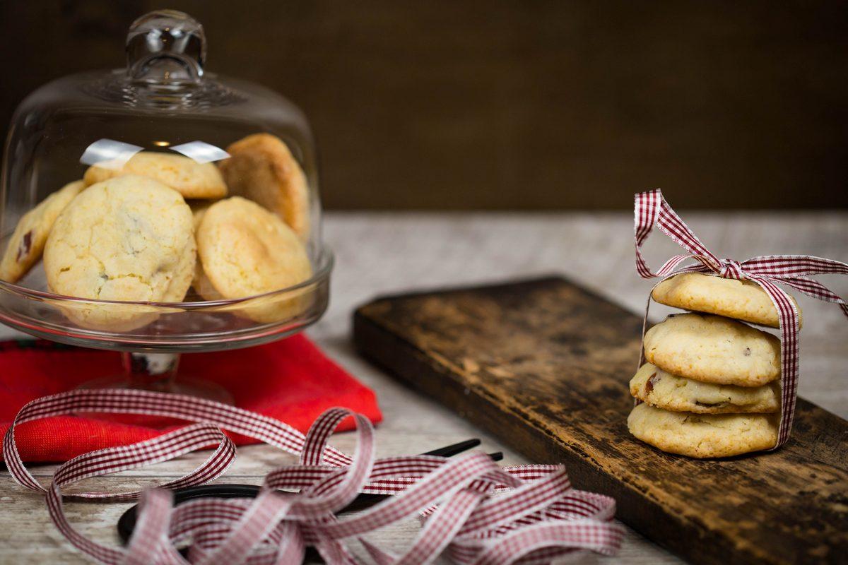 biscuiți cu merișoare și ciocolată albă