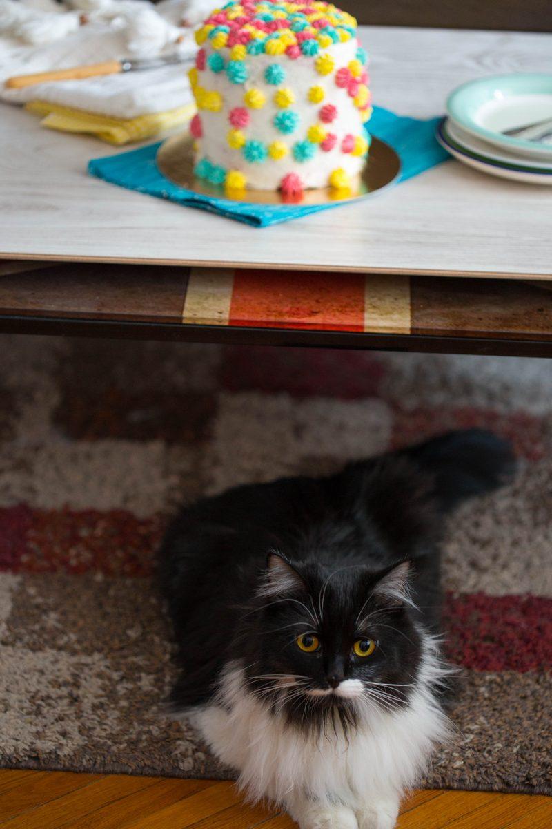 tort cu fistic și buttercream