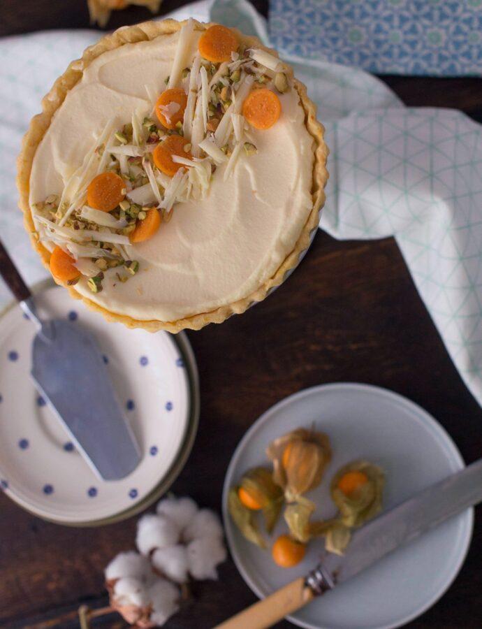 Tartă albă. Cu portocale, mascarpone și ciocolată
