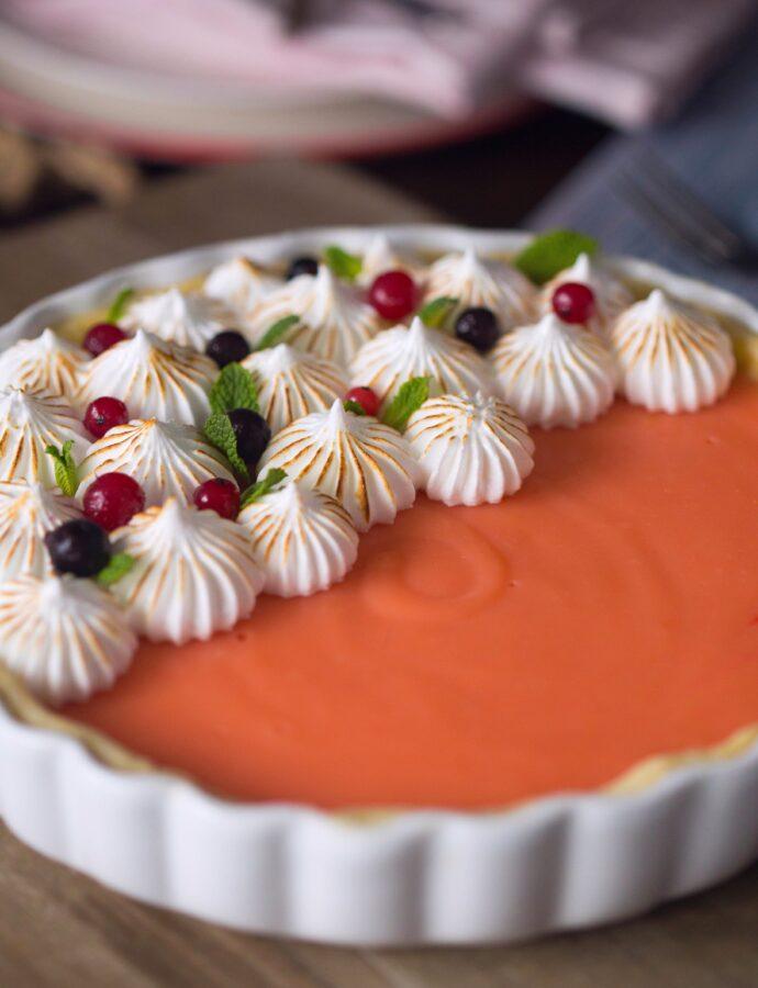 Desert dulce-amărui. Tartă cu grepfrut și bezea