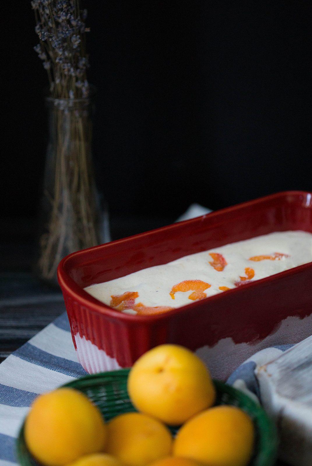 înghețată cu caise și lavandă