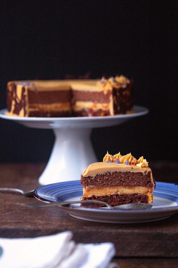 tort cu portocale, ciocolată și caramel