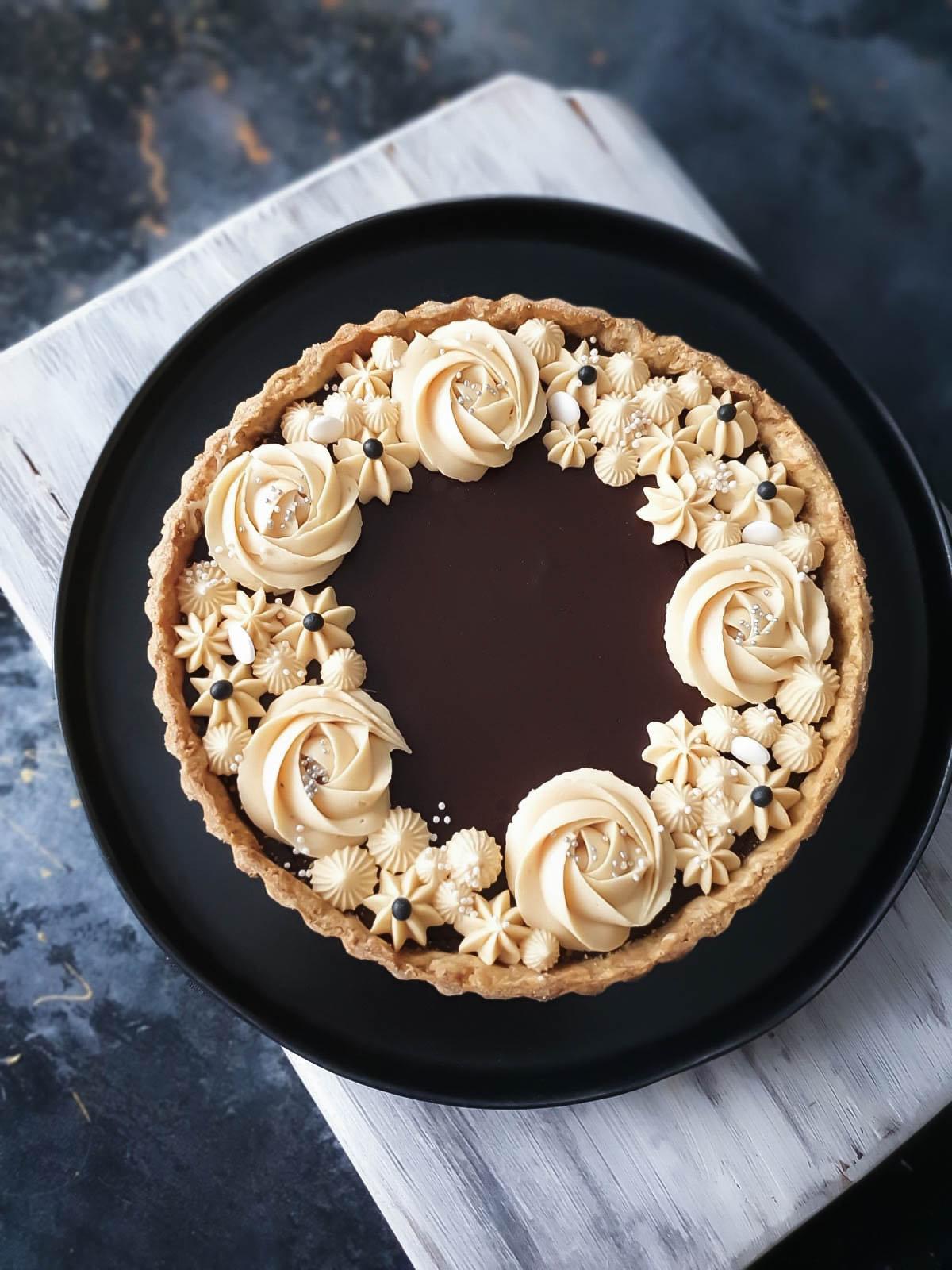 tartă cu ciocolată și cafea