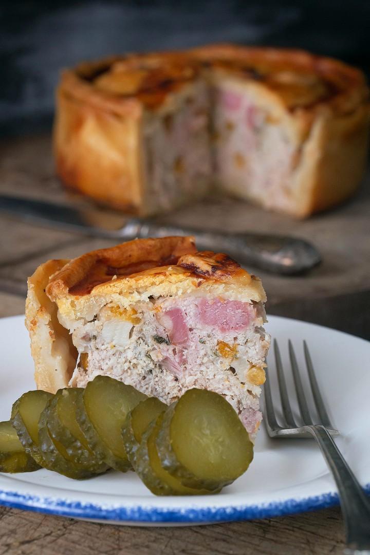 plăcintă cu carne de porc