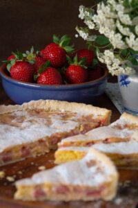 tartă cu lămâie și căpșuni