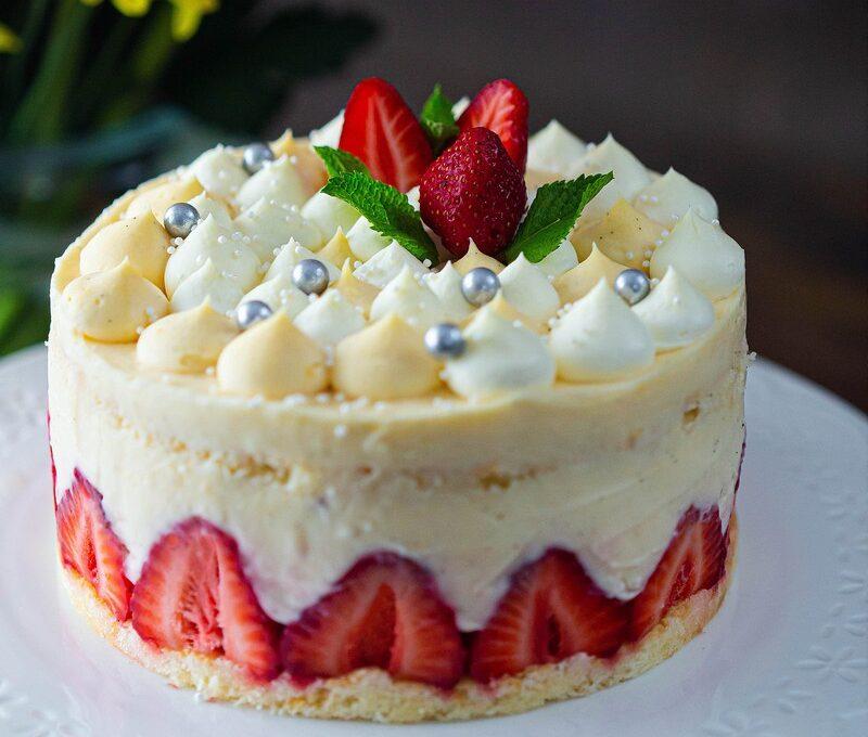 Fraisier – prăjitură cu căpșuni