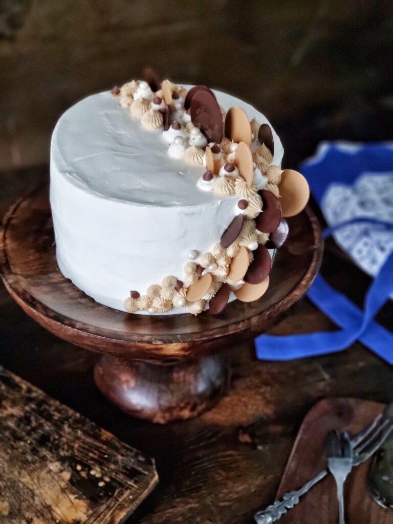 tort cu vanilie si caramel